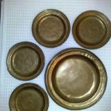 Metal/Fonta - Farfurie bronz cu stanta FS-1750- si semnata, de colectie