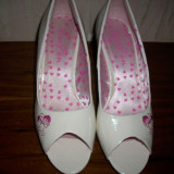 Pantofi dama decupati, mar.40, Marime: 40, Alb