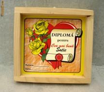 Cadou Diploma Cea Mai Buna Sotie Cu Rama De Lemn Si Agatatoare De