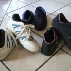 Papuci copii - Adidasi+pantofi+papuci de casa=20 lei totul