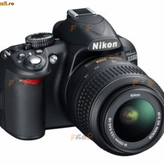 Vand Nikon D3100 + 18-55 VR + accesorii - Aparat Foto Nikon D3100