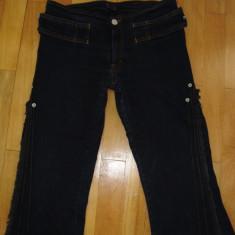 Blugi dama, Albastru - Pantaloni de Blug trei sferturi
