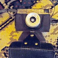 Aparate Foto cu Film - Aparat Foto cu Film Ricoh, SLR, Mediu