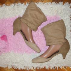 Pantofi dama, Marime: 37.5, Argintiu - Pantofi BERSHKA marimea 40 imitatie piele intoarsa toc 5 cm