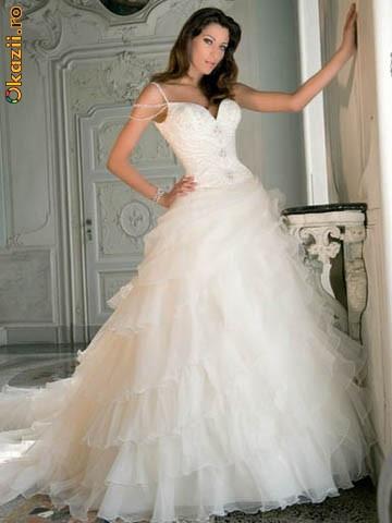 Wedding Saloon :: Новинки свадебных платьев 2011 - Свадебные