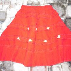 Fustita raiat rosie pentru fetite