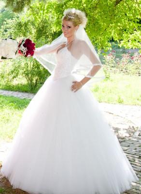 Rochie de mireasa tip printesa (Princess) foto