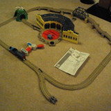 Trenulet de jucarie, Plastic, Unisex - THOMAS at Tidmouth Sheds SET, TRACKMASTER, Remote Controller Thomas Train - ( transport gratuit la plata in avans )
