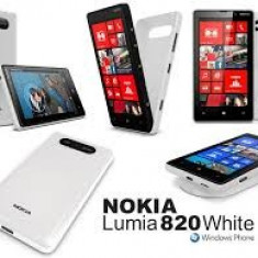 Telefon mobil Nokia Lumia 820, Alb - Nokia Lumia 820 White