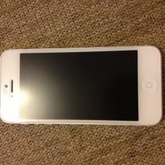 Apple iphone 5 decodat cu gevey, Alb, 16GB, Neblocat