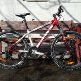 Bulls Vanida XC Female - Mountain Bike, MTB XC Hardtail, V-brake, Cu amortizor, Aer/ulei, 100/100 mm