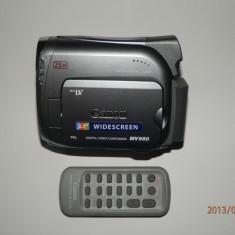 Camera video Canon MV950 cu telecomanda pachet complect, Mini DV, CCD, 20-30x, 2-3 inch