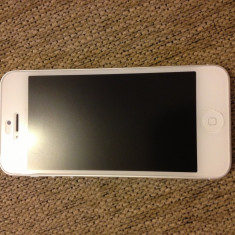 iPhone 5 Apple, 16 Gb,, Alb, Neblocat
