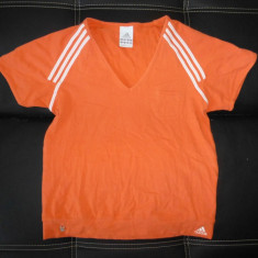 Tricou Adidas original; marime 40: 44.5 cm bust, 53 cm lungime; stare excelenta - Tricou dama Adidas, Culoare: Din imagine