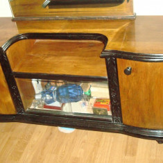 Set mobila dormitor - Vand mobila interbelica sculptata manual, lemn nuc