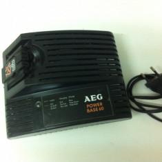 Incarcatr AEG Pwer Base 60
