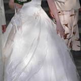 Rochie de mireasa ivoire, purtata doar 3-4 ore, marimea S ( 32 - 34), stare foarte buna
