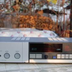 Akai AM-U2, argintiu, vumetru cu tub NIXIE - Amplificator audio Akai, 0-40W