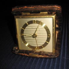 Mauthe- ceas de voiaj functional