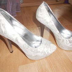Pantofi dama, Marime: 37, Alb - Pantofi de mireasa marimea 37