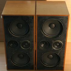 Boxe vintage germane cu sunet excelent, 3 cai, 4 difuzoare