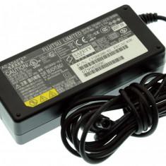 Alimentator Incarcator Laptop Fujitsu Siemens Fujitsu Lifebook C-4120, CP268386-01, 16V 3.75A, Incarcator standard