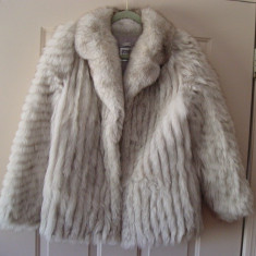 Geaca dama - Haina blana vulpe argintie conditie noua, xs/s