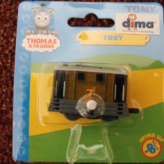 Trenulet de jucarie Tomy, Plastic, Unisex - Thomas the Tank Engine Tomy Wind-Up trenulet - locomotiva TOBY - in ambalajul original - ( transport 2.6 RON la plata in avans ) - NOU