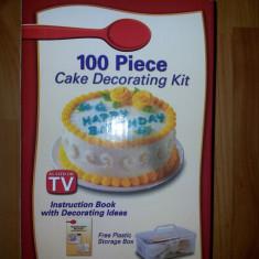 Set 100 piese pentru decorat torturi si prajituri