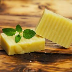 Shampoo aroma - Sampon solid natural (la rece) cu menta, eucalipt, urzica si musetel