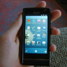 Vand Xperia U - Telefon mobil Sony Xperia U