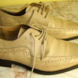 Pantofi barbati marca Bata piele marimea 42 , locatie raft ( 15 / 8 )