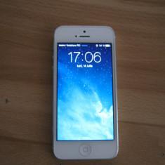 Apple IPhone 5 64GB Alb Neverlocked, Neblocat