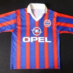 Tricou FC Bayern Munchen; 55 cm bust, 56 lungime, 50 cm umeri; impecabil, ca nou - Tricou barbati, Marime: Alta, Culoare: Din imagine