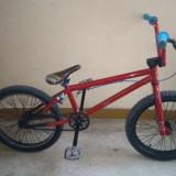 Bicicleta BMX Mongoose, 16 inch, Numar viteze: 1, Negru-Rosu, BMX, Fara amortizor - Bmx full mongoose