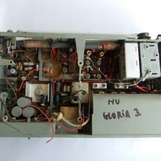 RADIO GLORIA 3 , PENTRU PIESE .