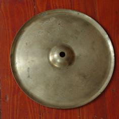 Instrument muzical de percutie ---- Cinel vechi !!!! - Cinele