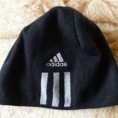 Caciula Adidas originala; marime universala; 100% acrilic; impecabila - Fes Barbati Adidas, Culoare: Din imagine