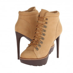 Boots femei 192 Steve Madden Rockstr   100% originali   Livrare cca 10 zile lucratoare   Aducem pe comanda orice produs din SUA - Cizme dama