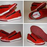 Sneakers MOSCHINO model 56107 Colectia 2014 - Ghete barbati Moschino, Marime: 42, Culoare: Rosu