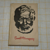 Selected stories by Ernest Hemingway - Moscow - 1971 - Carte Literatura Engleza