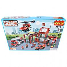 MEGA CADOU, LEGO URIAS-STATIE DE POMPIERI- SI -CLADIRE IN FLACARI -DE LA COGO CU 827 PIESE.