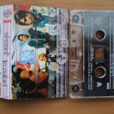 Caseta originala AKCENT - IN CULORI, primul album aparur in 2002 la ROTON, in stare foarte buna - Muzica Dance roton, Casete audio