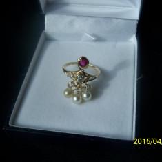 Inel aur diamante perle si rubin, Carataj aur: 18k, Culoare: Galben