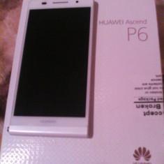 Telefon mobil Huawei Ascend P6, Alb, Neblocat, Single SIM - Vand Huawei Ascend P6 Alb + 3 carcase Full Box