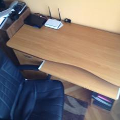 Birou cu suport tastatura si unitate PC + scaun birou ergonomic