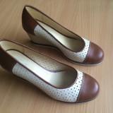 Pantofi cu talpă ortopedică, mărime 36-36.6, piele, stare bună. - Pantof dama, Culoare: Multicolor, Piele naturala