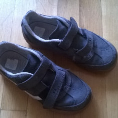 Adidasi copii Decathlon piele intoarsa 30, Baieti