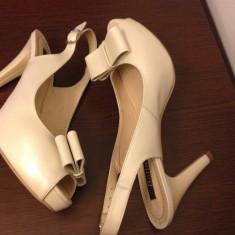 Vand pantofi mireasa/ocazie ivory! - Pantofi dama, Marime: 38, Culoare: Ivoire, Piele naturala