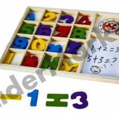 Tabla din lemn cu cifre pentru calcule matematice simple - Jocuri Litere si Cifre